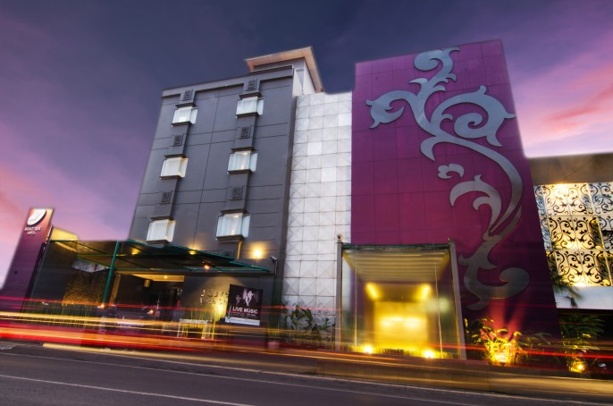 J Boutique Hotel Bali Balcony