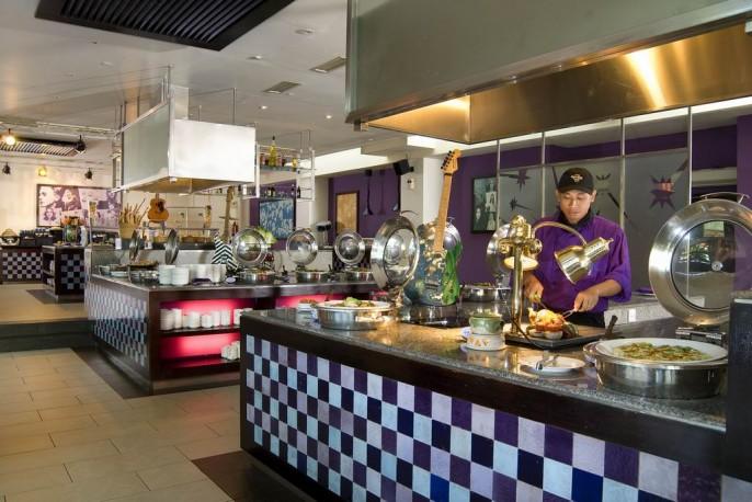 Hard Rock Hotel Bali Buffet