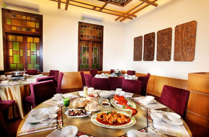 Gino Feruci Kebon Jati Bandung Restaurant