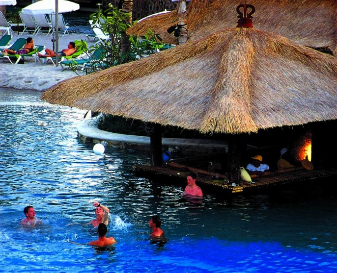 Hard Rock Hotel Bali Poolside Bar