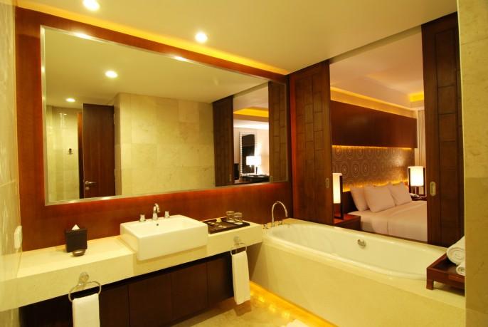 Le Grande Bali Bathroom