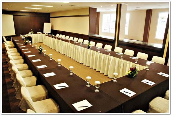 Prama Grand Preanger Bandung Meeting Room