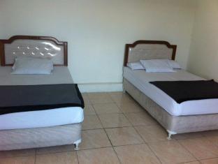 Hotel Pelangi Guest Room