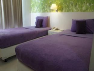 Hotel Bunga Bunga Balcony