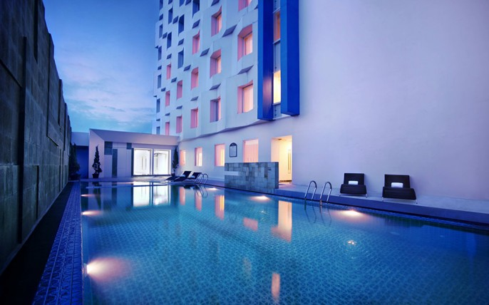 Atria Hotel & Conference Magelang (Parador Hotels & Resorts) Swimming Pool