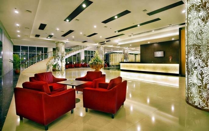 Atria Hotel & Conference Magelang (Parador Hotels & Resorts) Lobby