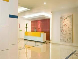 Amaris Hotel Mangga Dua Square Reception