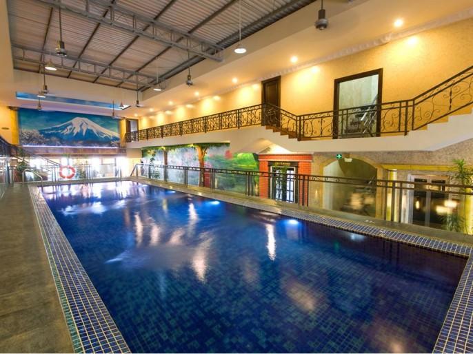 Amos Cozy Hotel Swimming Pool
