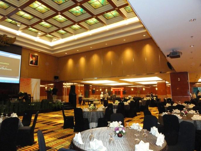 Prama Grand Preanger Bandung Ballroom