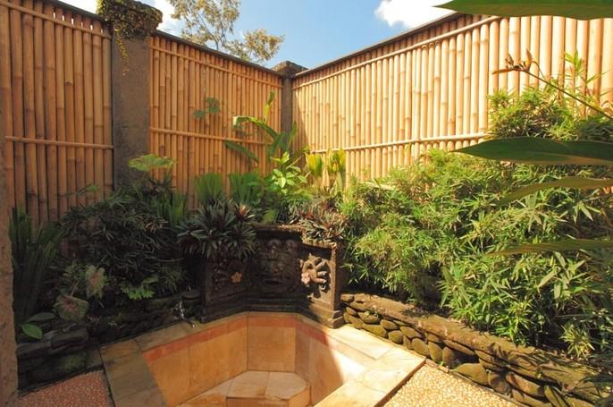 Matahari Cottage Bed & Breakfast Bathroom