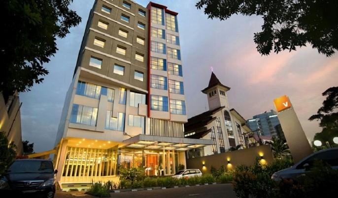 V Hotel Jakarta Exterior