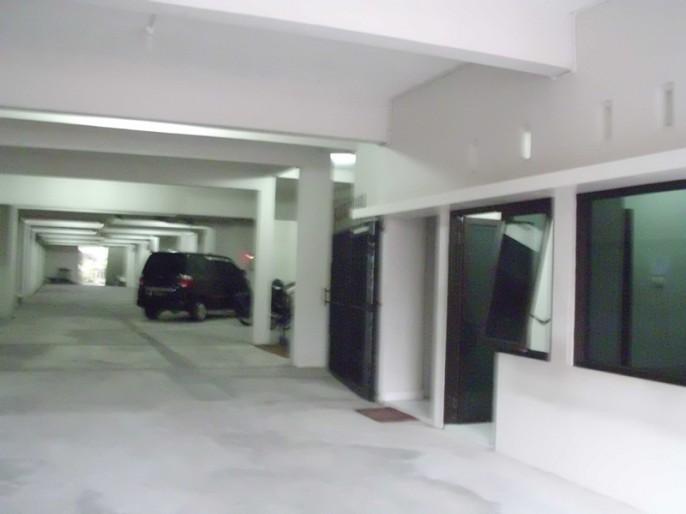 Tasik Jogja Hotel Parking Area