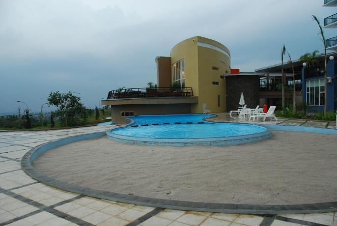 Marbella Suites Bandung Swimming Pool