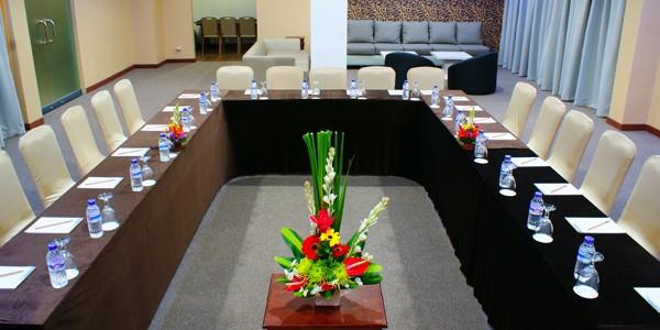 Umalas Hotel & Residence Meeting Room