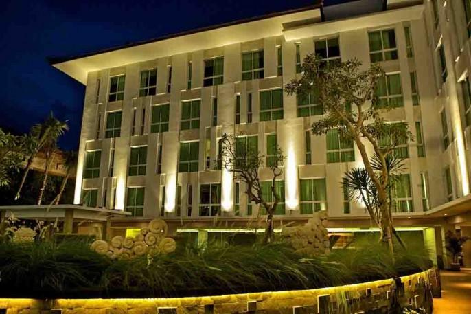 Bintang Kuta Hotel Exterior