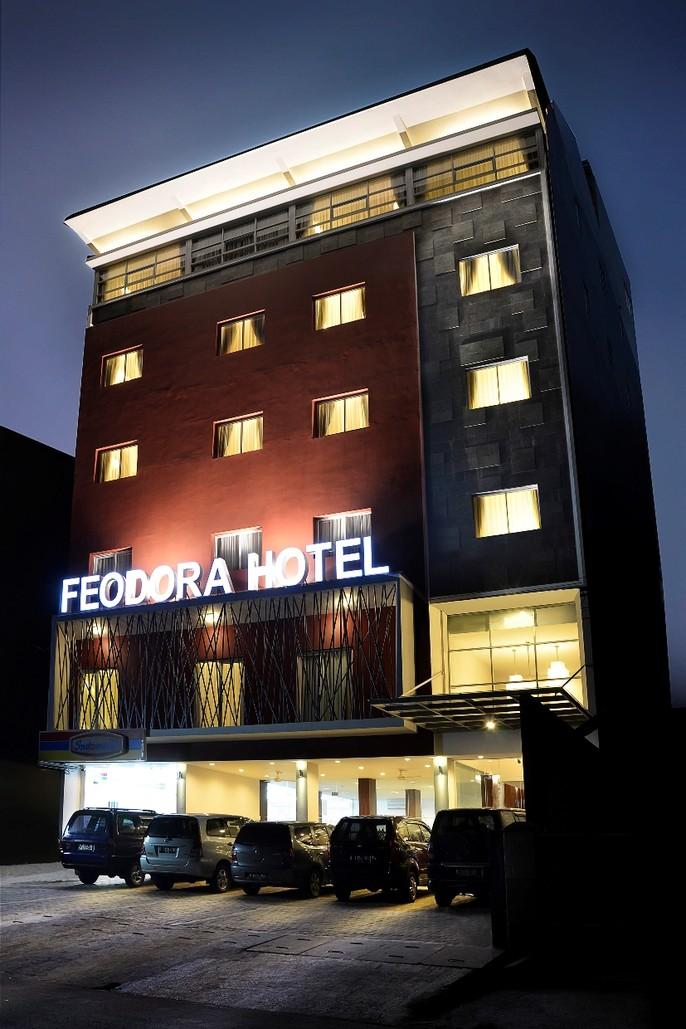 Feodora Hotel Grogol Balcony