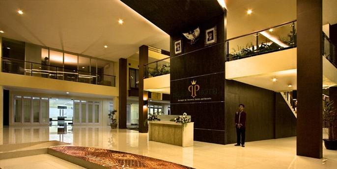 Palace Hotel Cipanas Lobby