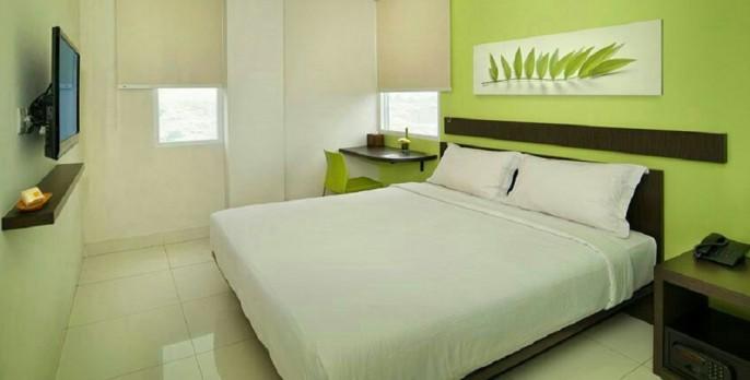 V Hotel Jakarta Guest Room