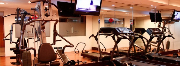 Twin Hotel Surabaya Fitness Room
