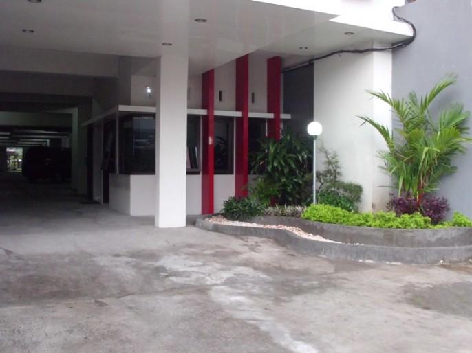 Tasik Jogja Hotel Entrance