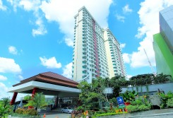 Solo Paragon Hotel and Residences