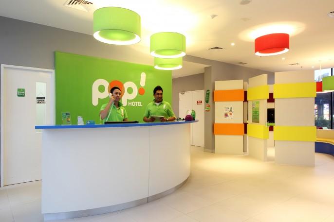 POP! Hotel BSD City Tangerang Reception