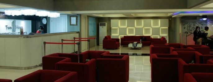 Twin Hotel Surabaya Lobby