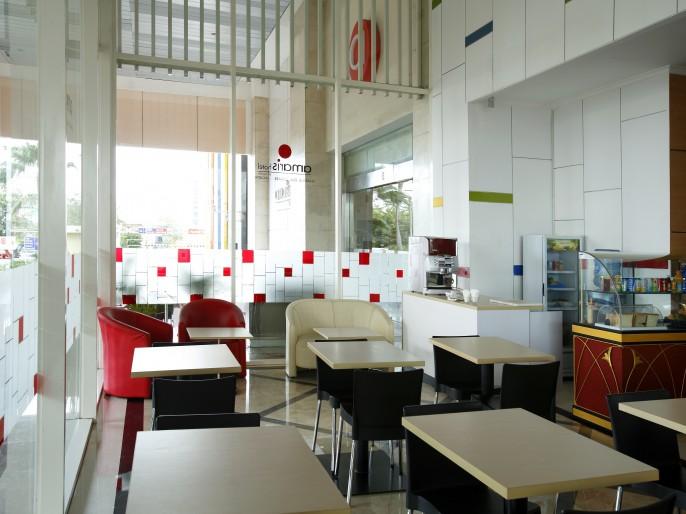 Amaris Hotel Mangga Dua Square Balcony