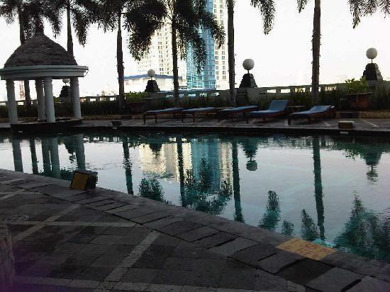 The Media Hotel & Towers Swimming Pool