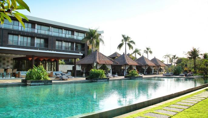 Le Grande Bali Swimming Pool