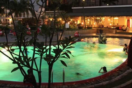 Prama Grand Preanger Bandung Swimming Pool