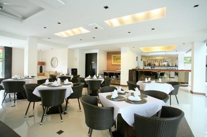 Umalas Hotel & Residence Restaurant
