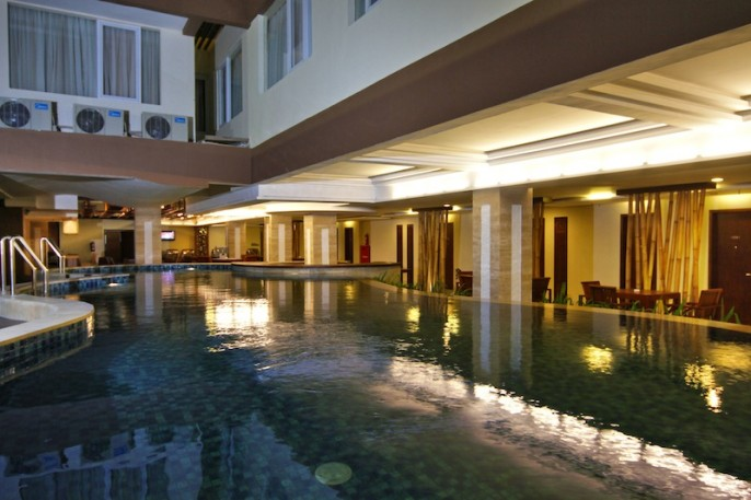 Hotel Cipaganti Legian Swimming Pool
