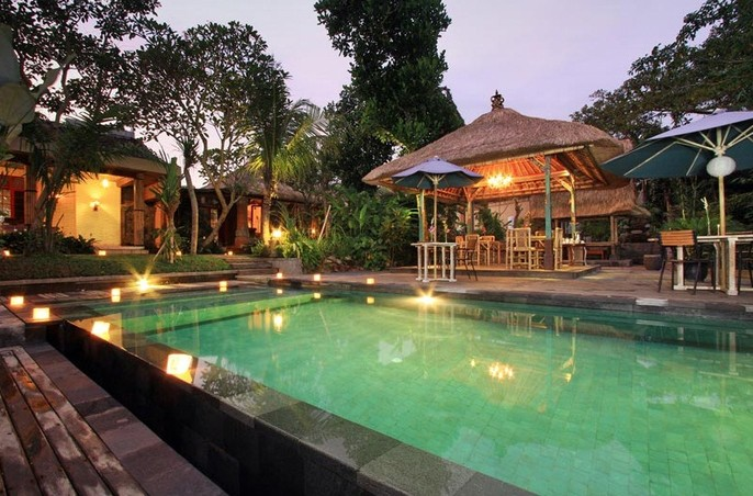 Matahari Cottage Bed & Breakfast Swimming Pool