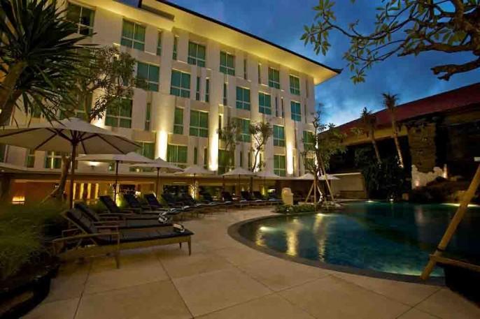 Bintang Kuta Hotel Swimming Pool