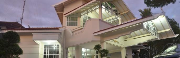 Raffles Villa Exterior