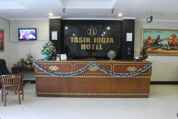Tasik Jogja Hotel Reception