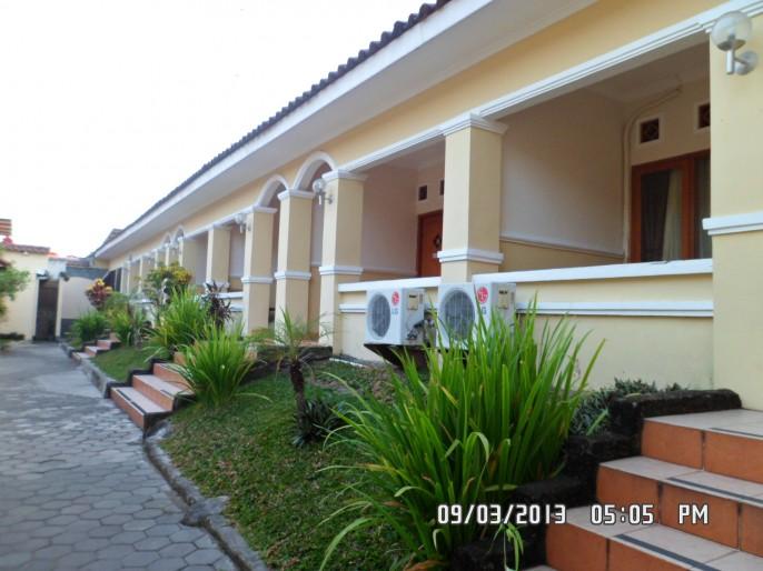 Hotel Wisma Aji Balcony