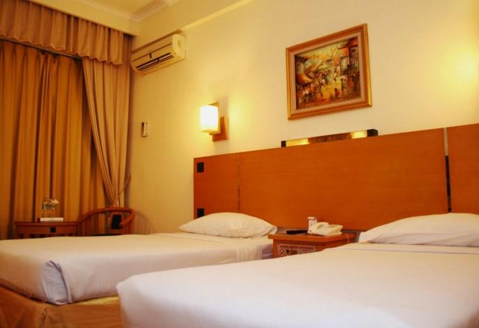 Mega Anggrek Hotel Guest Room