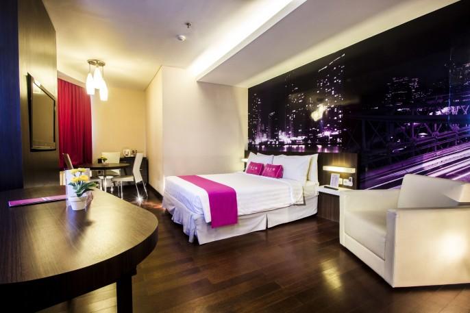 favehotel MEX Surabaya Balcony