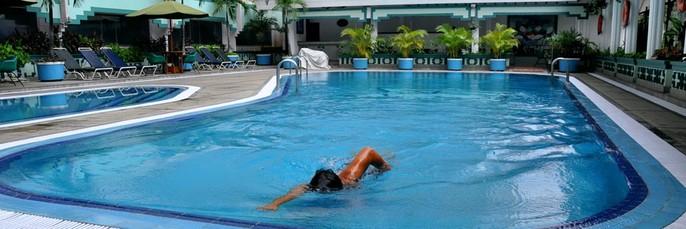 Kartika Chandra Hotel Swimming Pool