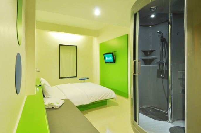 POP! Hotel BSD City Tangerang Guest Room