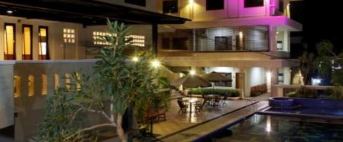 Hotel Wisma Aji Exterior